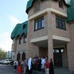 На крыльце Архангельской епархии